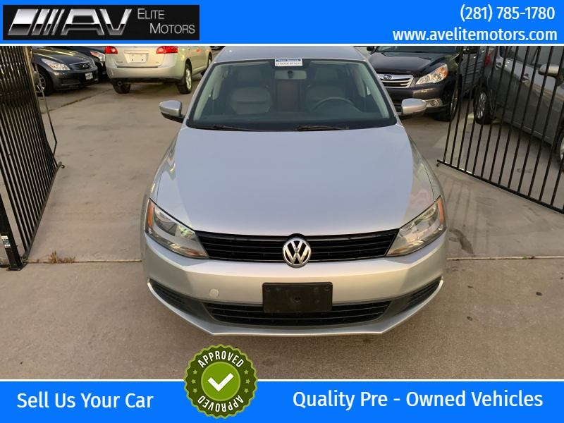 Volkswagen Jetta Sedan 2014 price $5,750