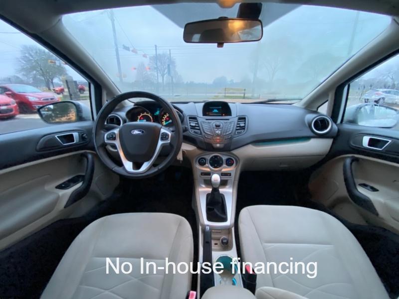Ford Fiesta 2014 price $5,700