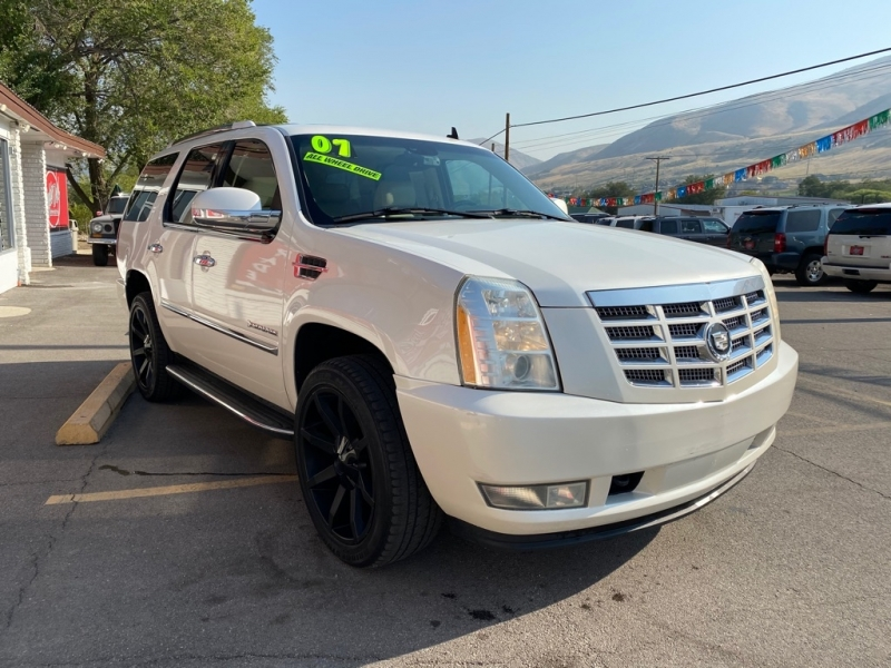 CADILLAC ESCALADE 2007 price $9,995