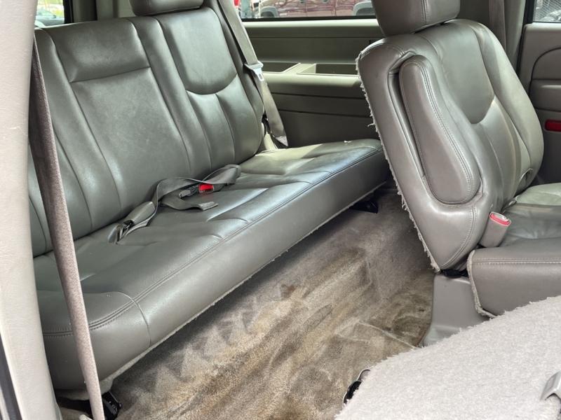 GMC YUKON XL 2005 price $5,995