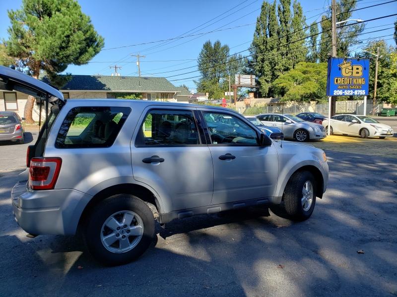 Ford Escape 2010 price $5,400