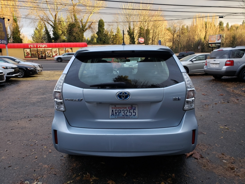 Toyota Prius v 2014 price $8,971