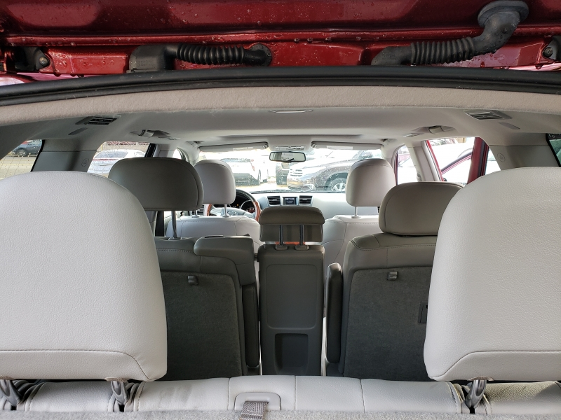 Toyota Highlander 2008 price $9,900
