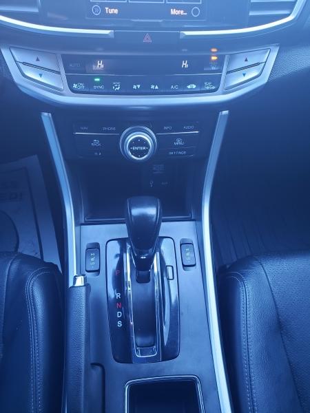 Honda Accord 2015 price $14,971