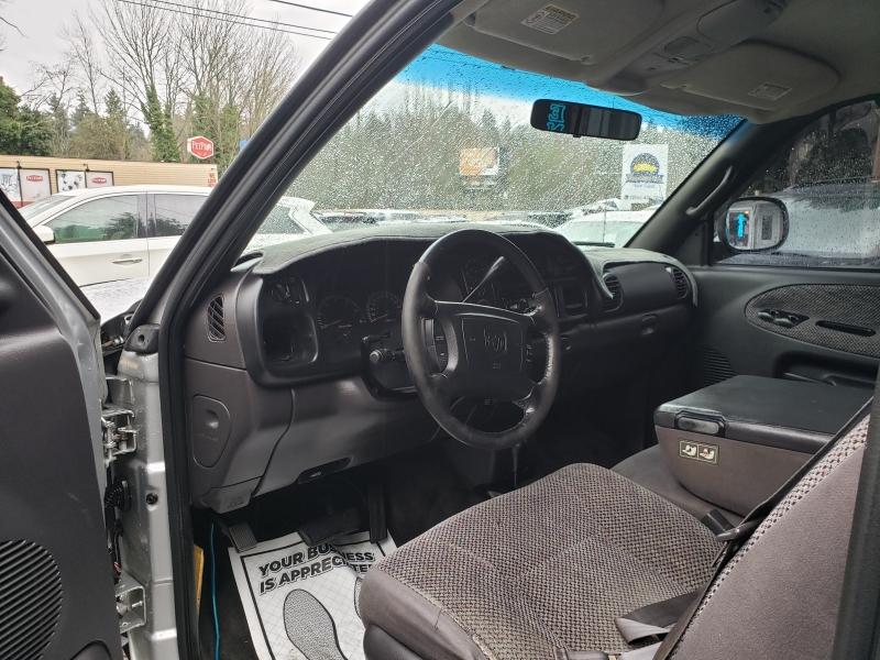 Dodge Ram Pickup 1500 2001 price $4,500