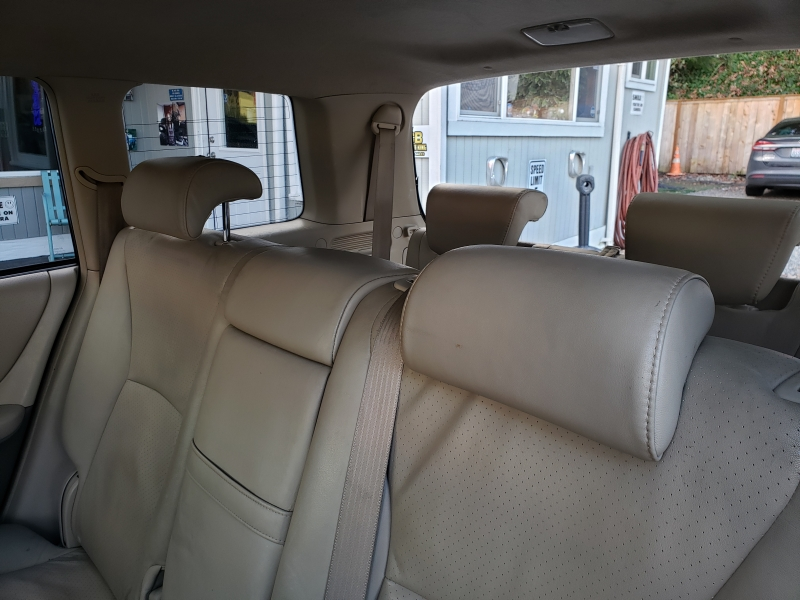 Toyota Highlander 2005 price $6,300