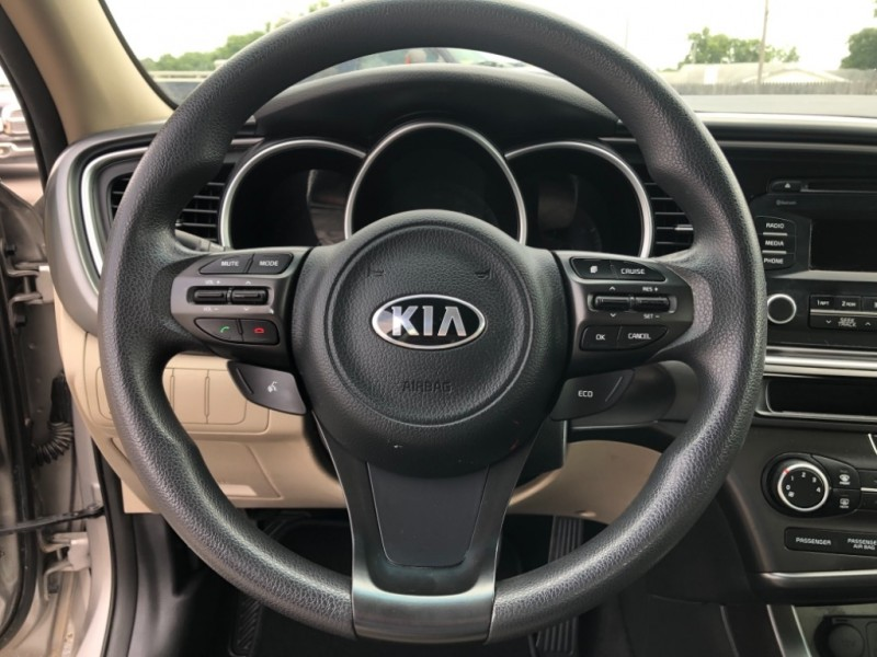 Kia Optima 2015 price $8,995