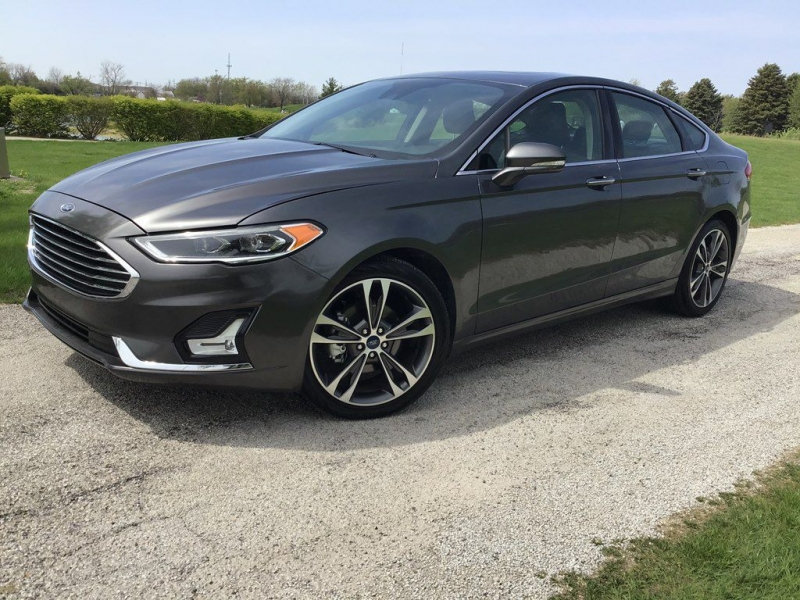 FORD FUSION 2019 price $23,499
