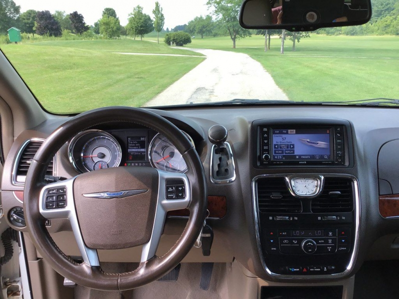 CHRYSLER TOWN & COUNTRY 2012 price $6,499