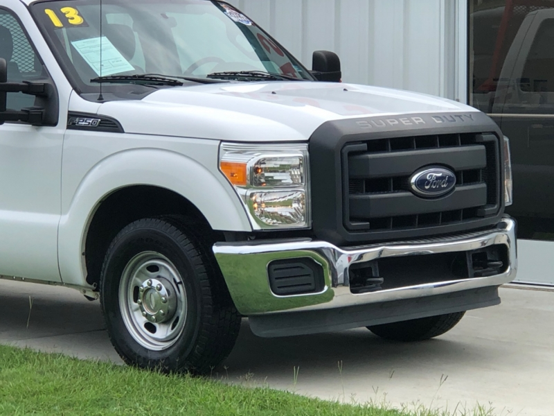 Ford Super Duty F-250 SRW 2013 price $17,995