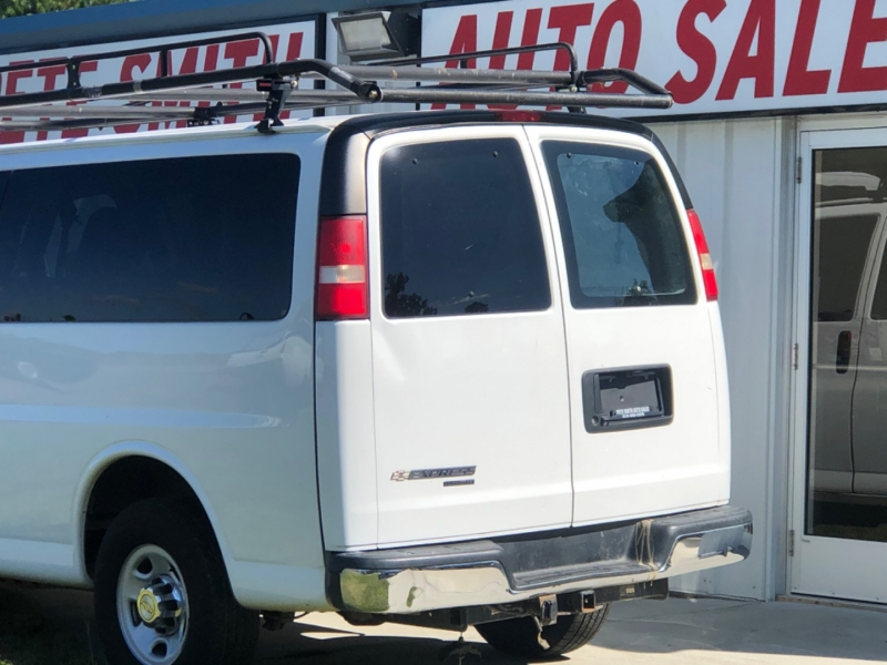 Chevrolet Express Passenger 2014 price $17,000