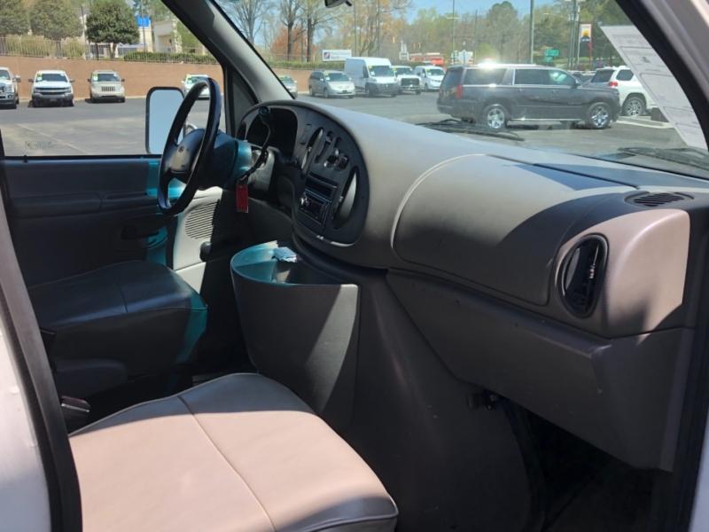 Ford Econoline Cutaway 1998 price $9,995