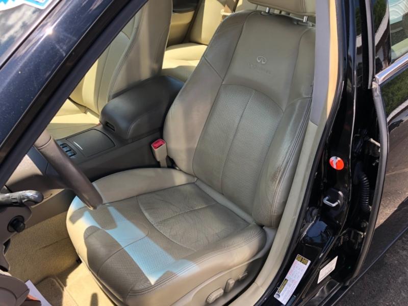 Infiniti G35 Sedan 2007 price $9,695