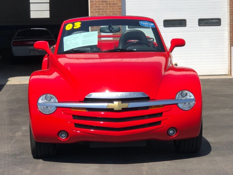 Chevrolet SSR 2003 price $25,995