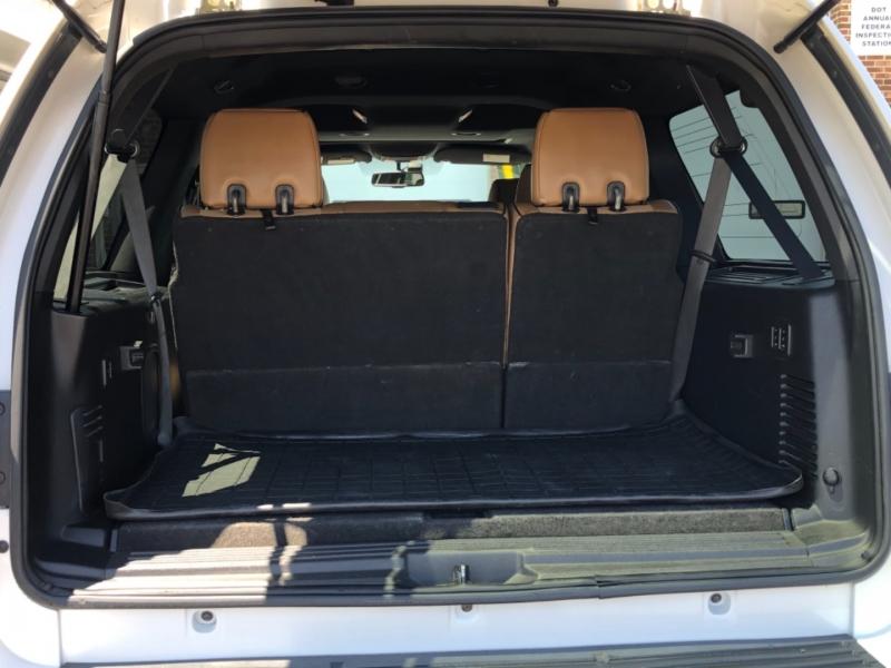 Lincoln Navigator L 2011 price $16,995