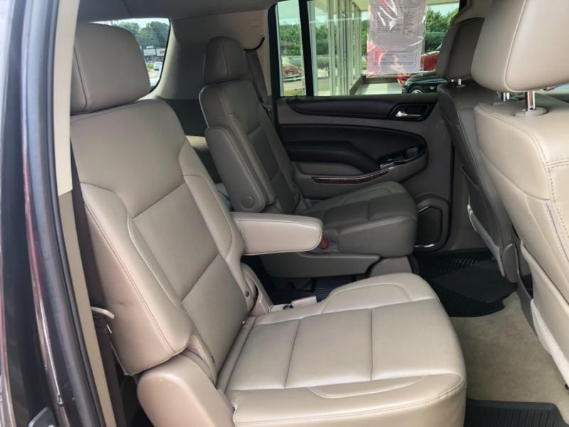 Chevrolet Suburban 2017 price $51,495