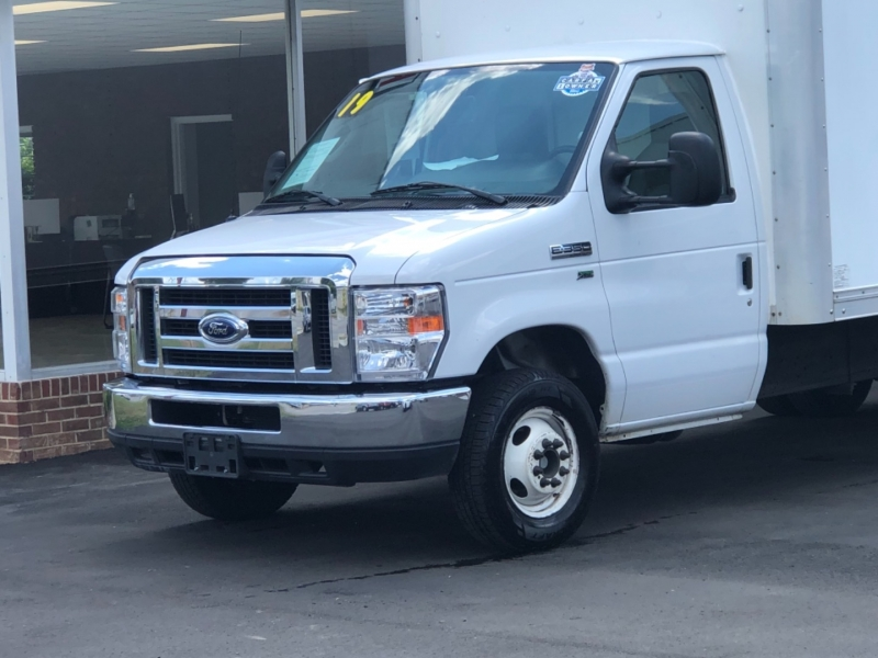 Ford Econoline Commercial Cutaway 2019 price $33,495