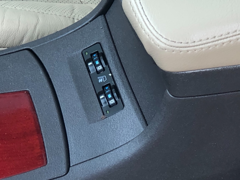 Lexus ES 350 2009 price $10,895