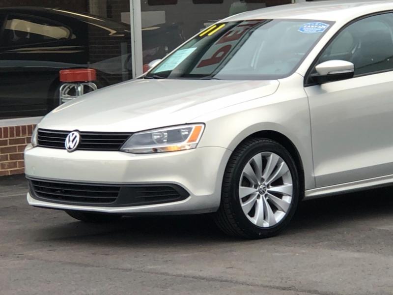 Volkswagen Jetta Sedan 2011 price $9,195