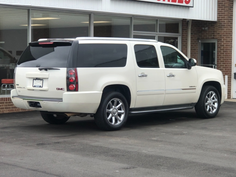GMC Yukon XL 2010 price $17,295