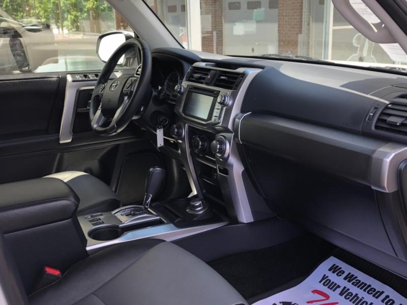 Toyota 4Runner 2018 price $39,495