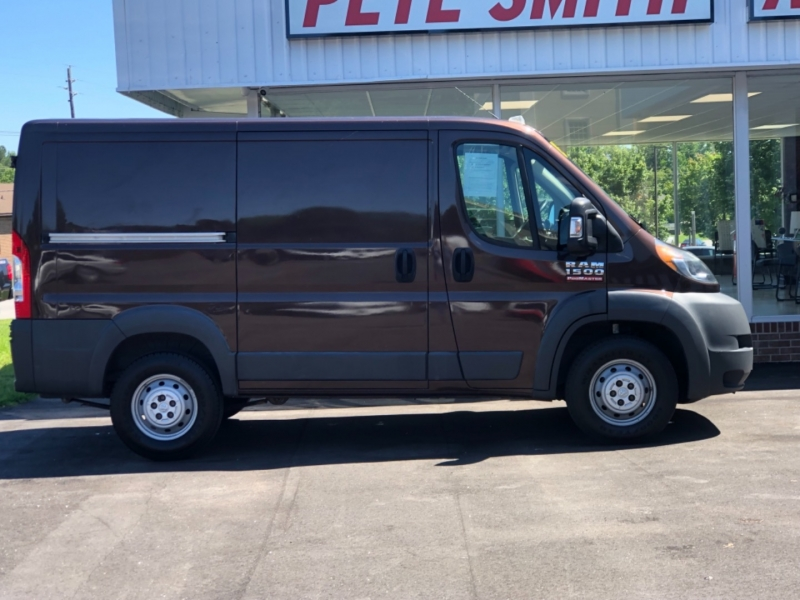 RAM ProMaster Cargo Van 2015 price $24,995