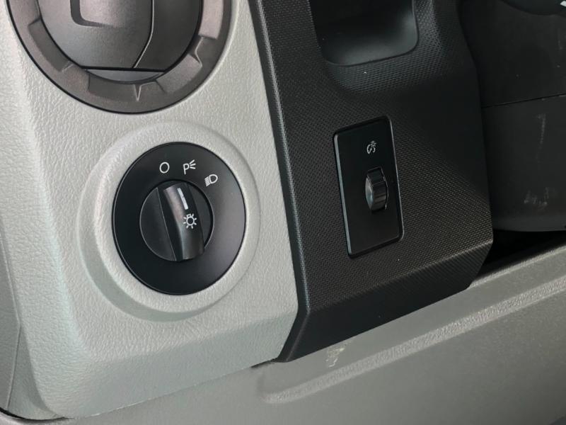Ford Econoline Cargo Van 2009 price $9,495