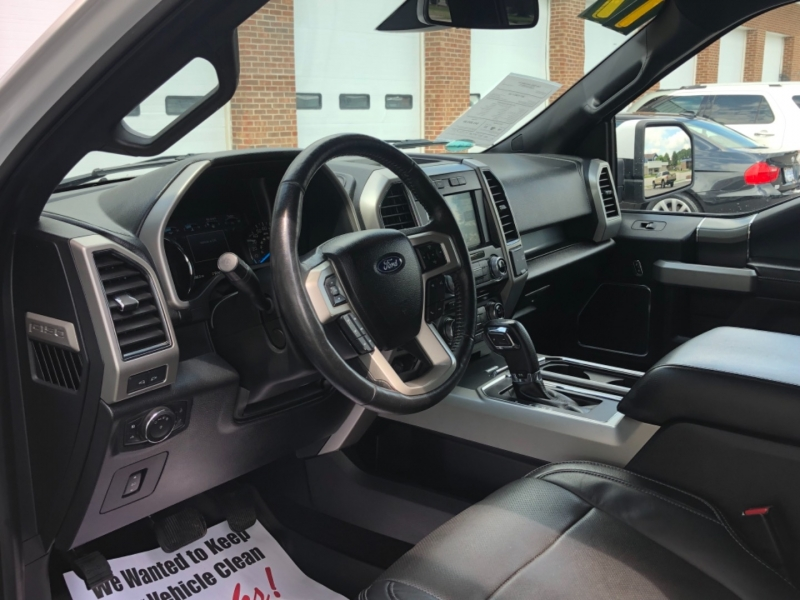 Ford F-150 2017 price $43,595