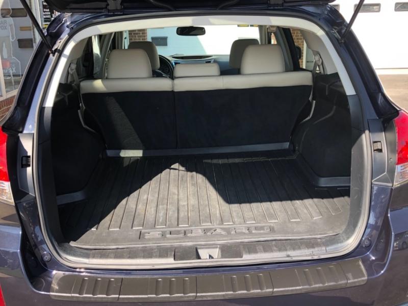Subaru Outback 2012 price $9,195