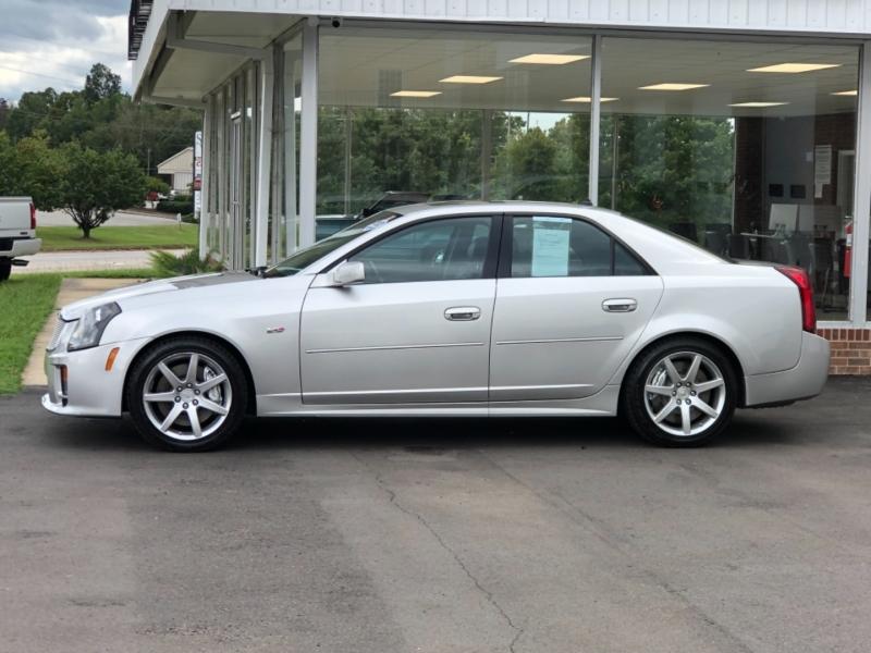 Cadillac CTS-V 2004 price $22,995