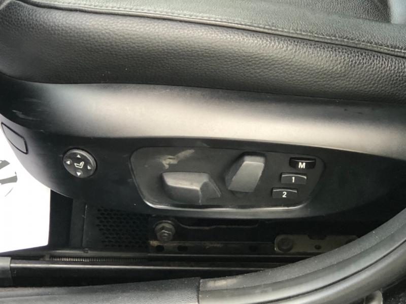 BMW 3-Series 2011 price $14,000
