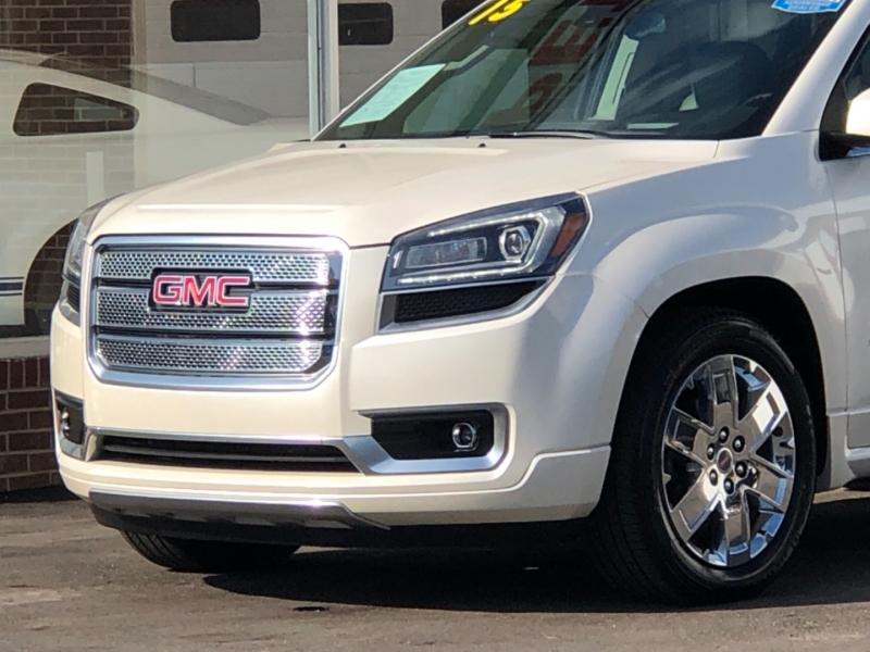 GMC Acadia 2015 price $23,495
