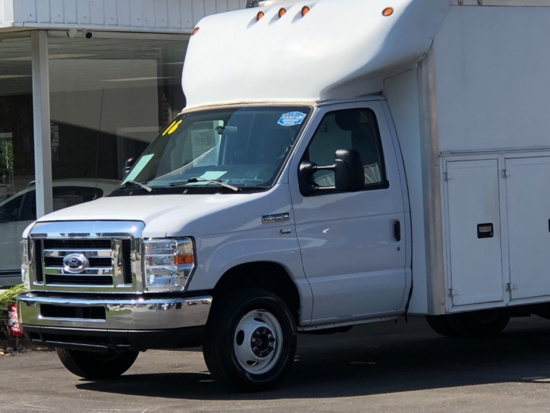 Ford Econoline Commercial Cutaway 2016 price $28,995