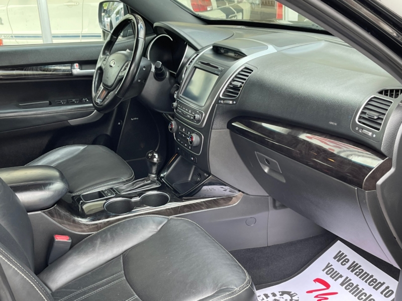 Kia Sorento 2014 price $13,495