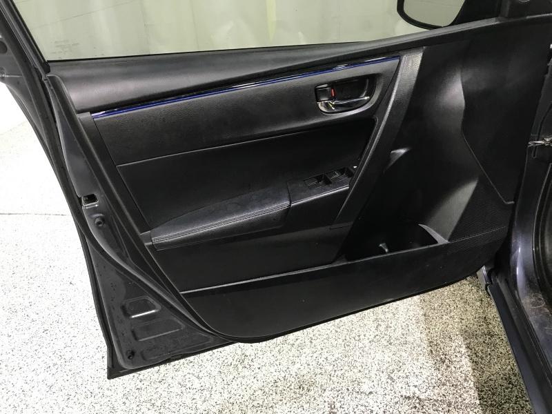 Toyota Corolla 2019 price $12,995
