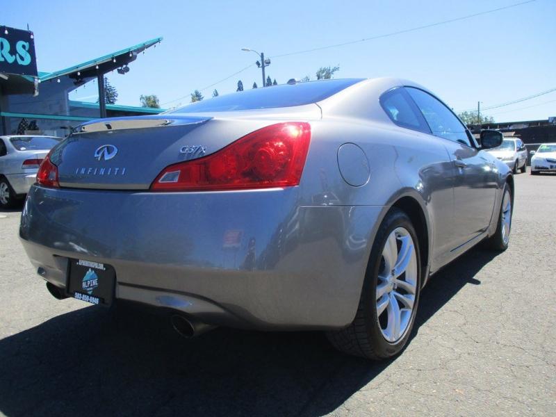 INFINITI G37 2009 price $13,999