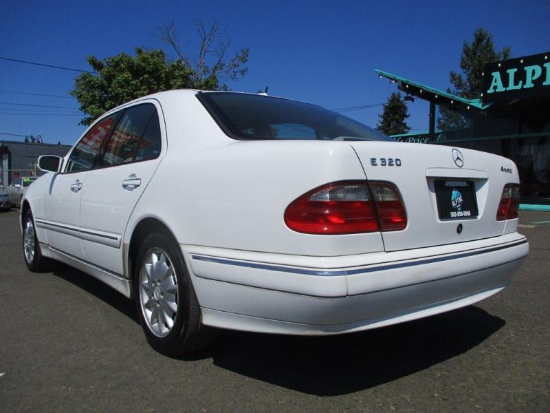 MERCEDES-BENZ E-CLASS 2000 price $3,999