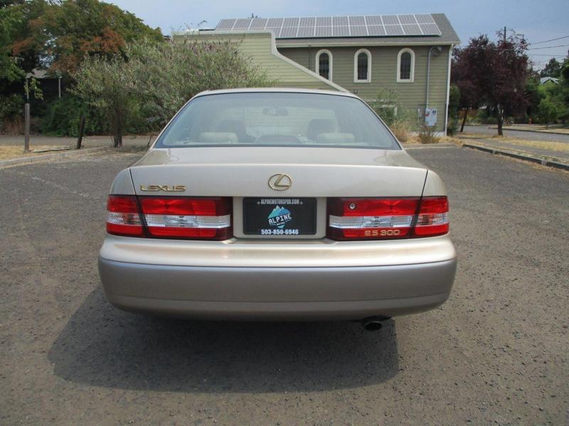 LEXUS ES 2001 price $4,500