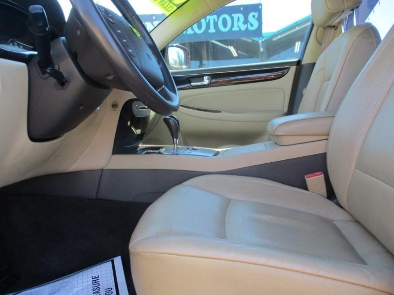 HYUNDAI GENESIS 2009 price $8,999