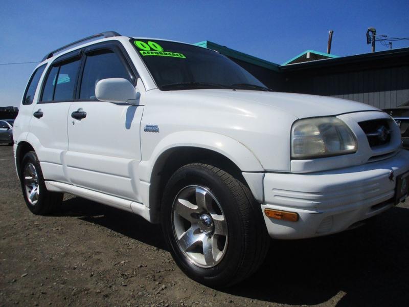 SUZUKI GRAND VITARA 2000 price $3,500