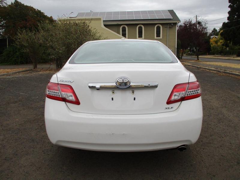 TOYOTA CAMRY 2010 price $10,500