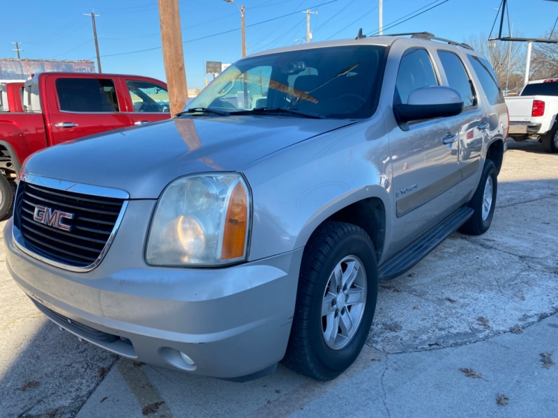 GMC Yukon 2007 price $6,000 Cash