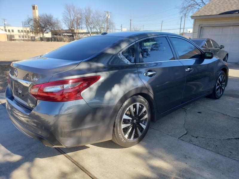 Nissan Altima 2018 price $13,995