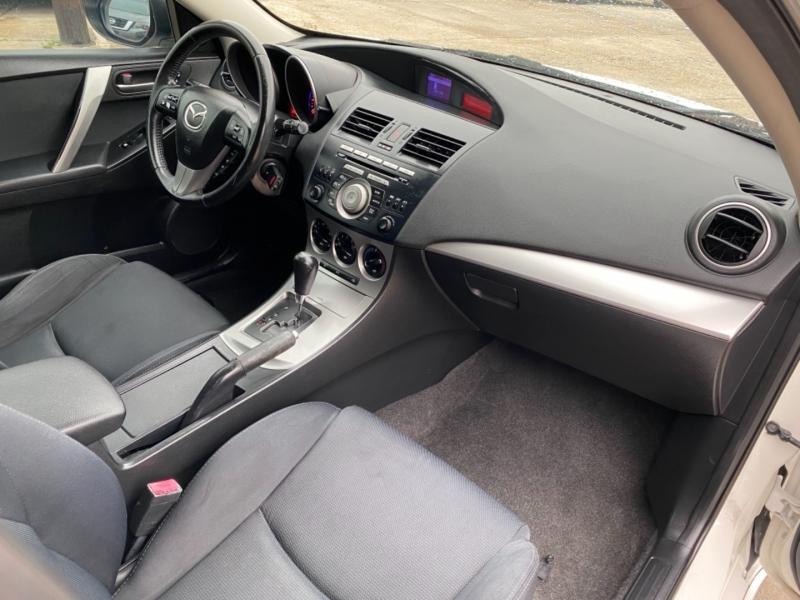 Mazda 3s 2011 price $5,900 Cash
