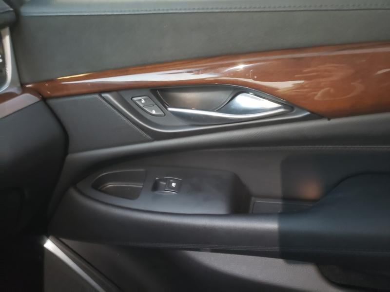 Cadillac Escalade ESV 2019 price $50,995