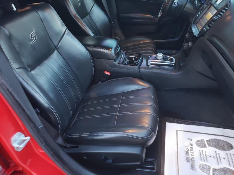 Chrysler 300 2015 price $21,995