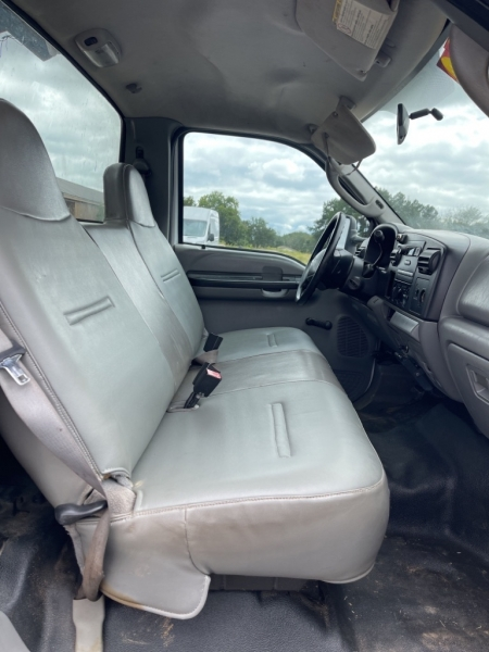 FORD F550 DUMP BED 2005 price $21,900