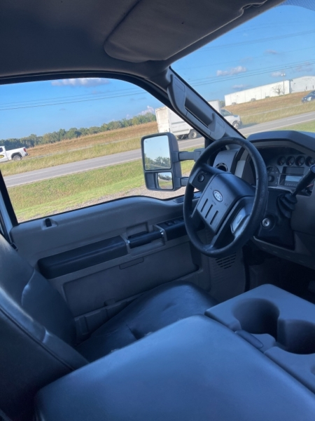 FORD F550 UTILITY 2010 price $29,999