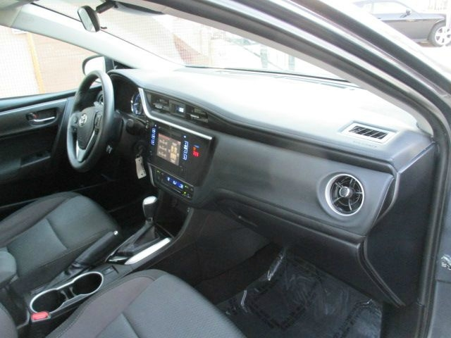 Toyota Corolla 2018 price $15,499