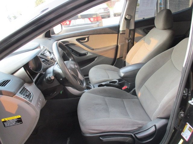 Hyundai Elantra 2016 price $8,499